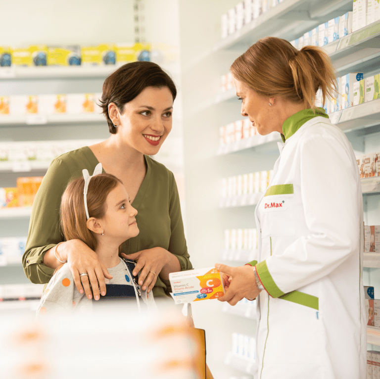 Jakie role pełni Farmaceuta w aptece?